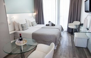 Junior-Suite Coral Ocean View Hotel